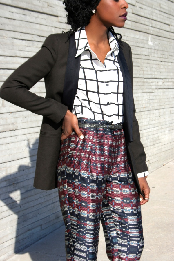 By the Window Pane: Styling Checkered Print.